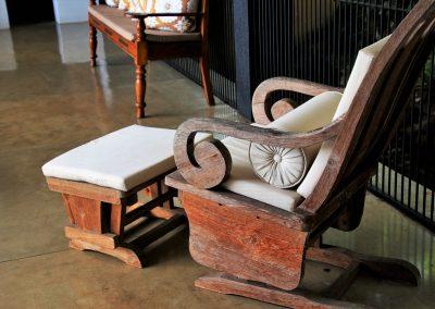 винтидж люлеещ стол